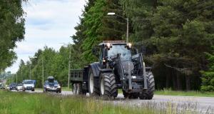 Excès de vitesse : un engin agricole flashé à 83 km/h sur une autoroute (vidéo)