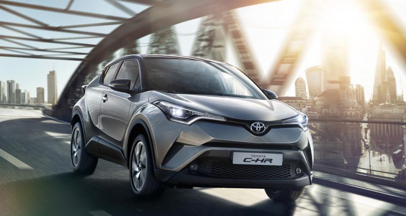 Toyota C-HR Hybrid : que penser de cet OVNI de la route ?