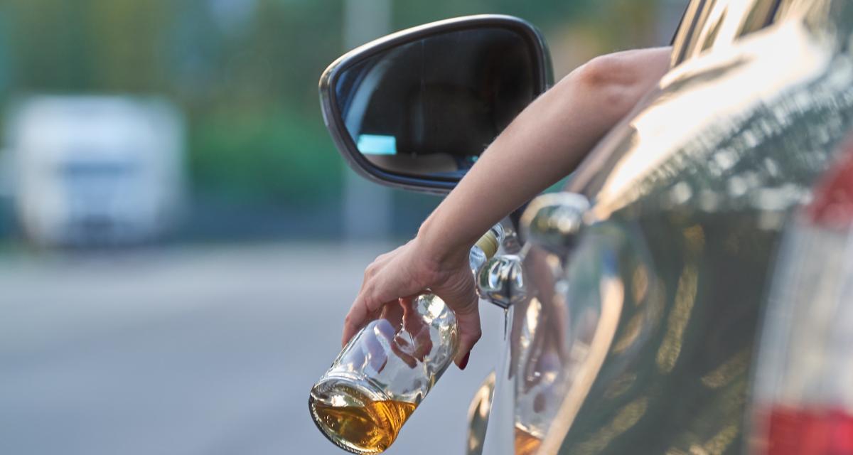 Contrôlé à 135 km/h au lieu de 90, sous l'emprise d'alcool et avec un permis suspendu : l'excès de vitesse de la bêtise