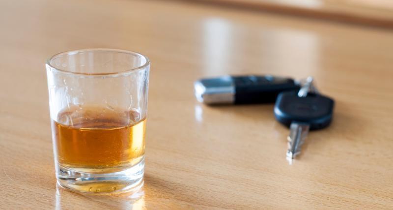 Excès de vitesse + alcool au volant + permis déjà suspendu : le triumvirat de la bêtise (vidéo)