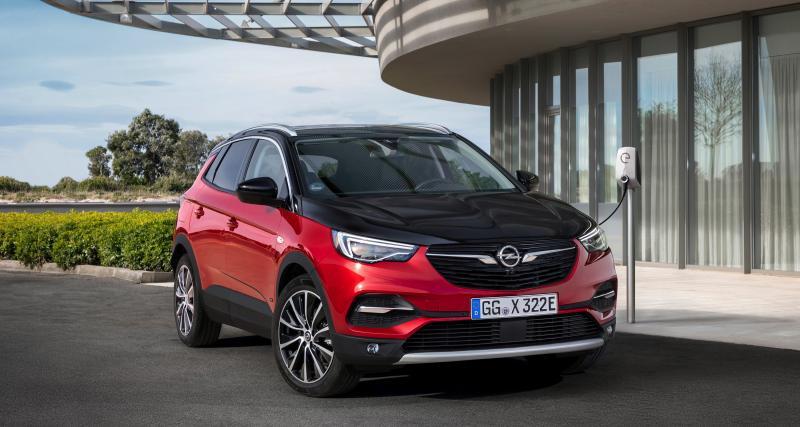 Opel Grandland X Hybrid4 : à partir de 47 750 euros, tous les prix du SUV