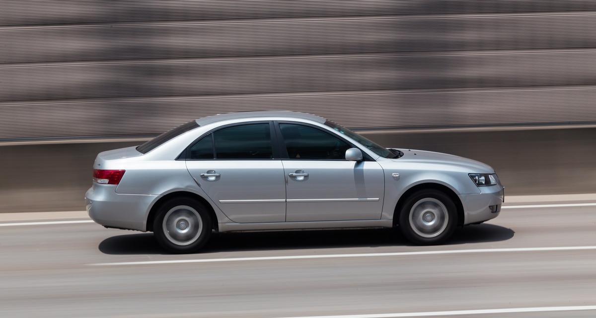 Course-poursuite avec la police à 193 km/h