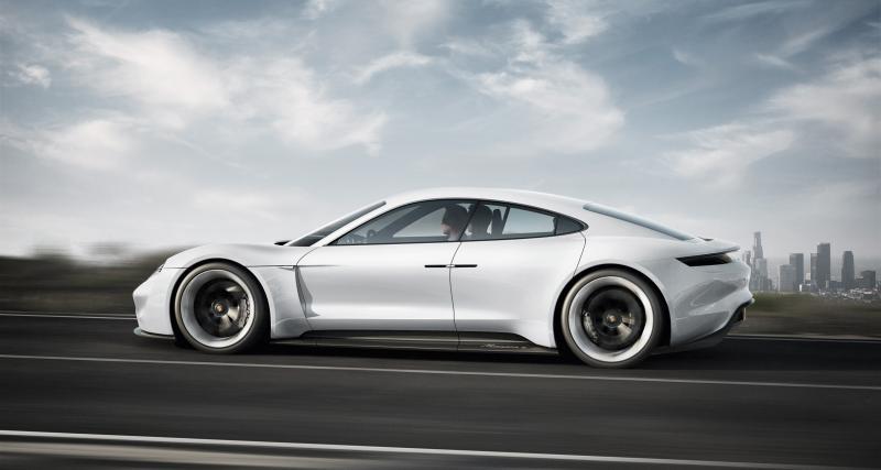 Porsche Taycan : la présentation en direct streaming vidéo
