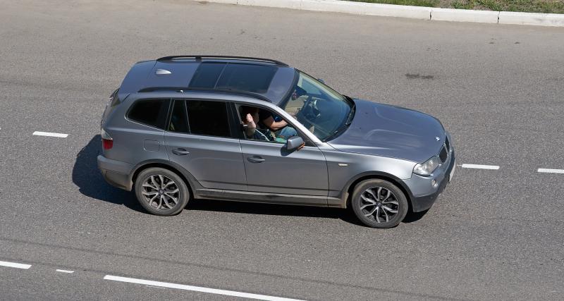 Un homme en BMW X3 flashé à 215 km/h