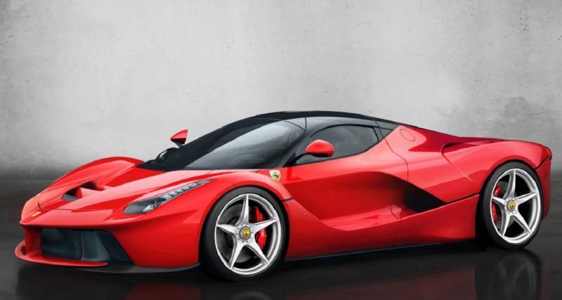 Aubameyang tune sa Ferrari : la toile s'enflamme