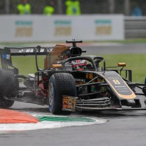 Grand Prix de Russie de F1 : Romain Grosjean termine dans le mur, la vidéo