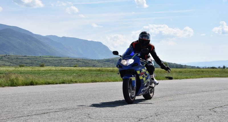Un motard flashé à 175 km/h sur une route limitée à 90