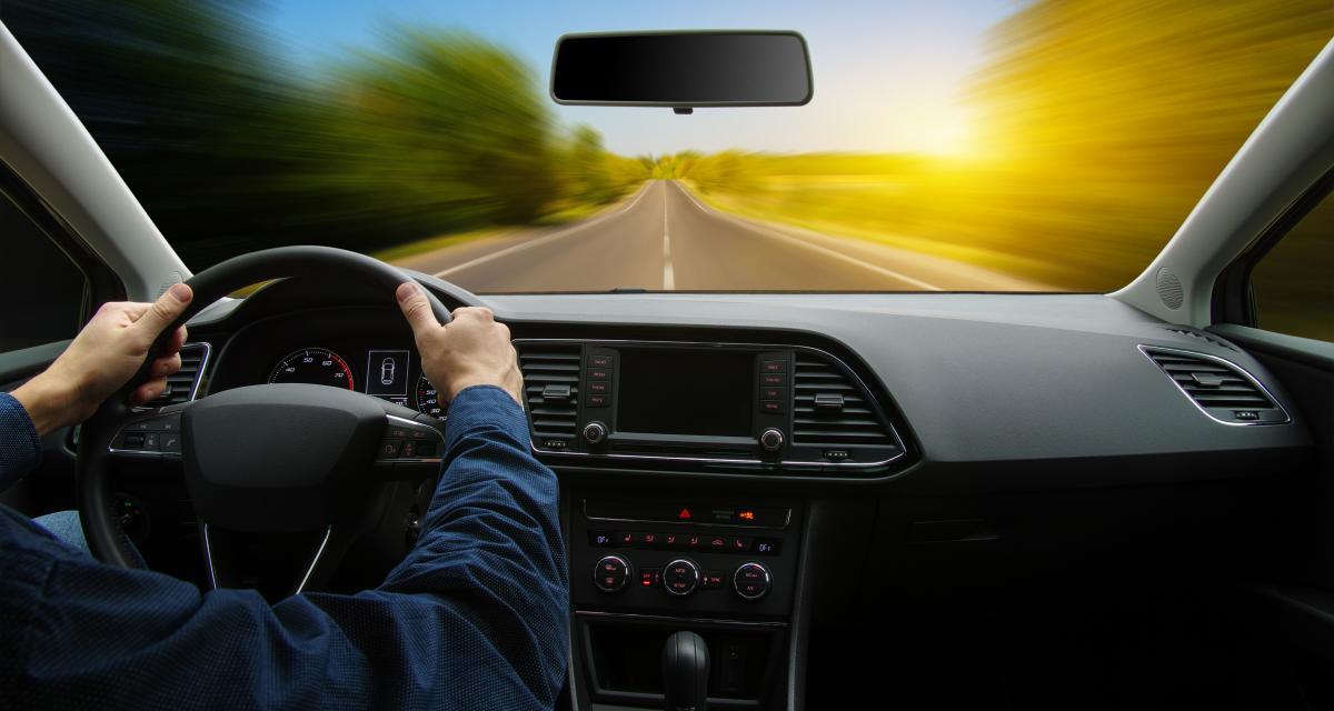 Au volant à 148 km/h en Clio sur une route limitée à 80 km/h