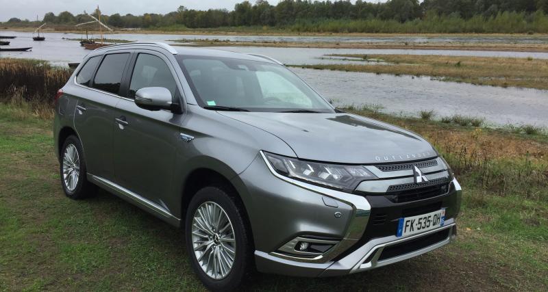 Essai du Mitsubishi Outlander PHEV : nos photos de l'essai du SUV hybride rechargeable à Chambord