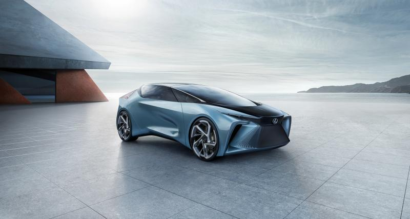 Lexus LF-30 Electrified : le concept-car qui se recharge sans fil