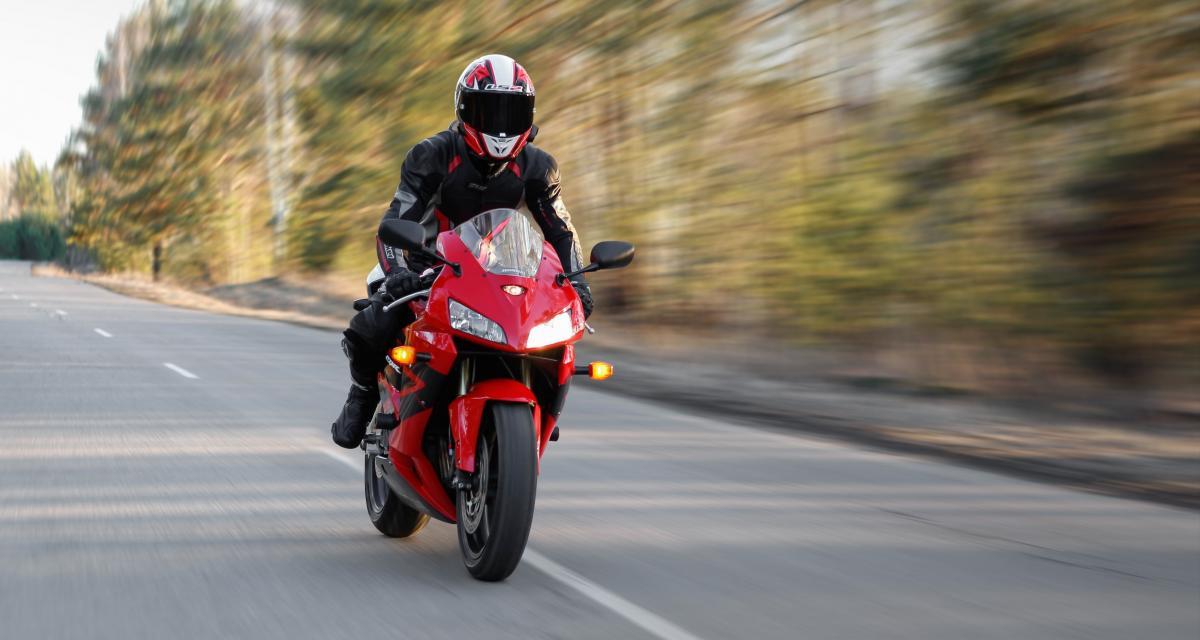 Un motard arrêté pour un grand excès de vitesse en Savoie