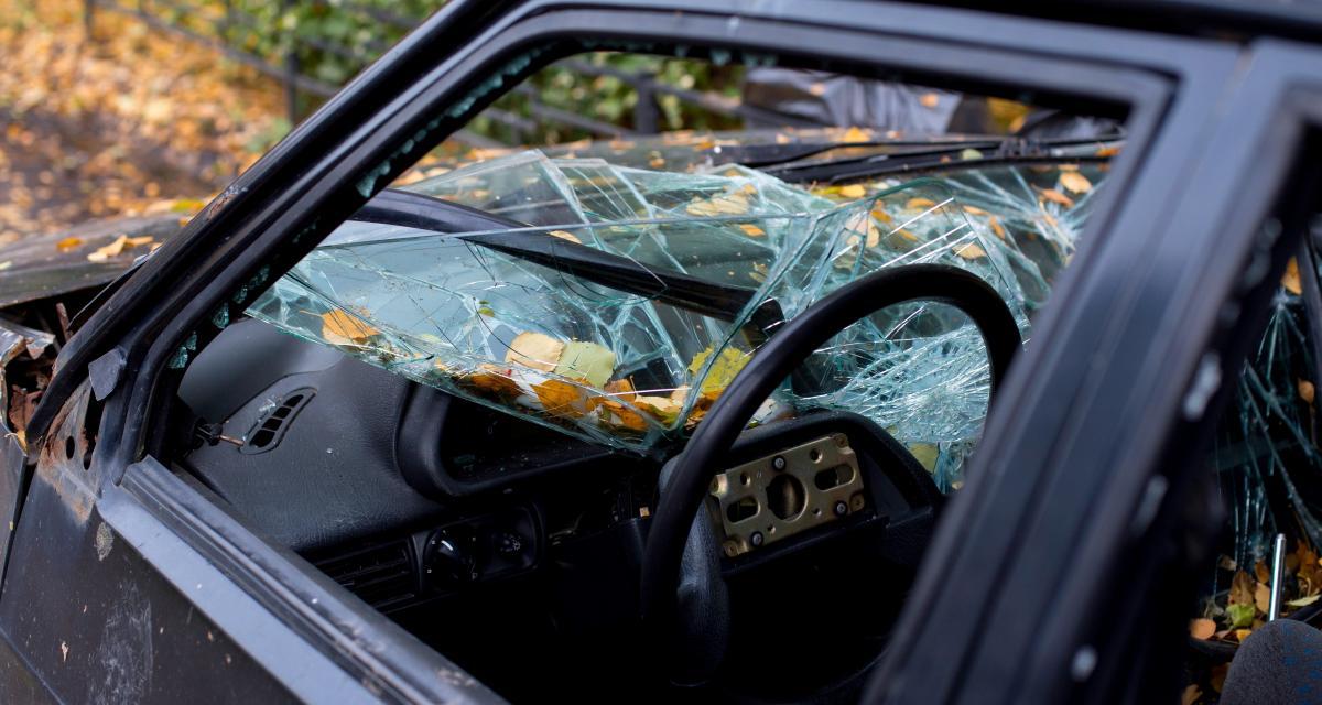 Algérie : des dizaines de voitures vandalisées dans une même rue d'Alger !