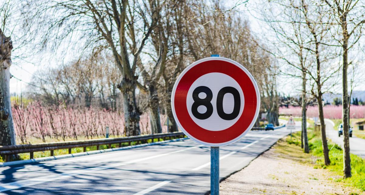 Il roule à 145 km/h sur une route limitée à 80 et perd son permis