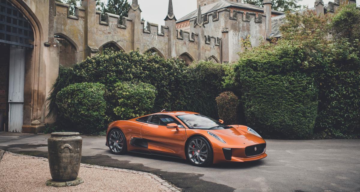 James Bond 007 : la méchante Jaguar C-X75 à vendre aux enchères !