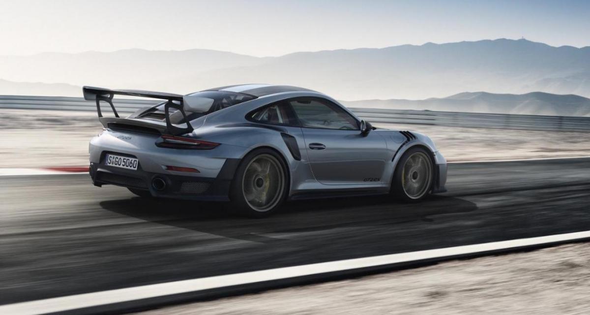 Il encastre une Porsche 911 GT2 RS avant même de l'acheter