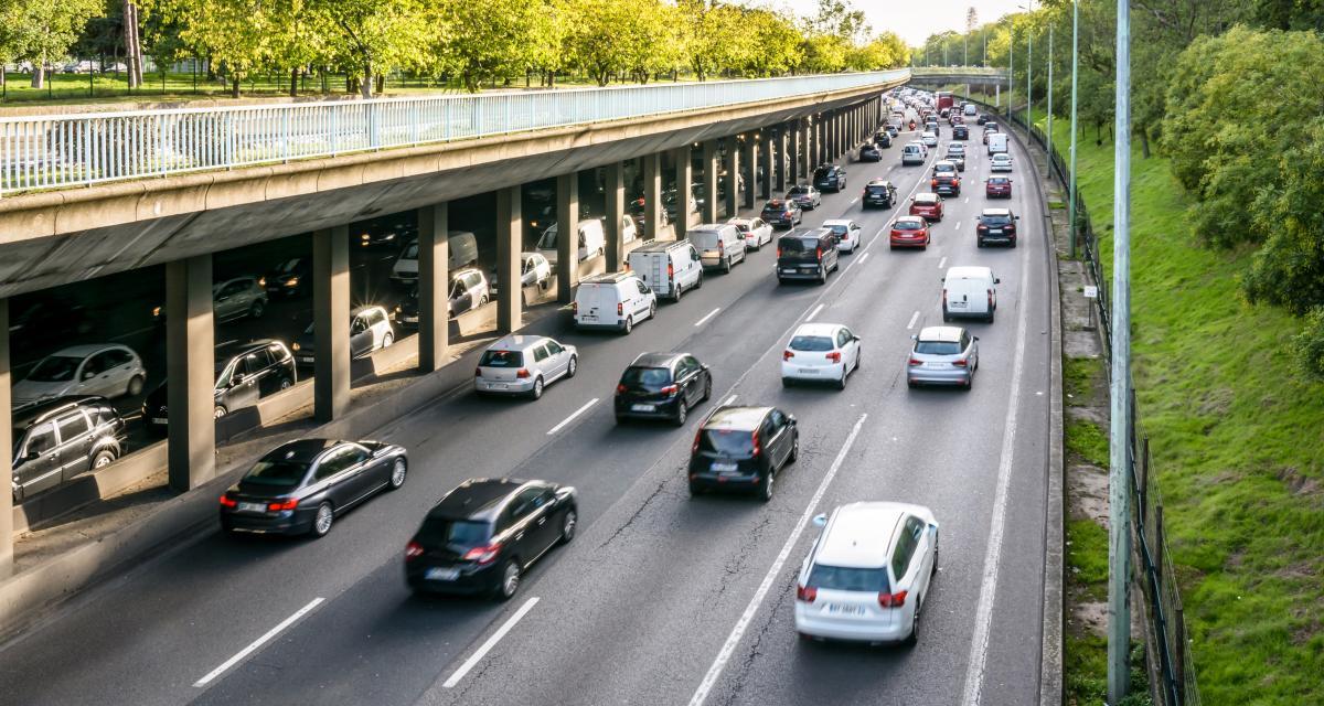 Algérie : Alger, une ville asphyxiée par les embouteillages