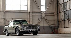 Mourir peut attendre : James Bond reprend le volant de l'Aston Martin DB5