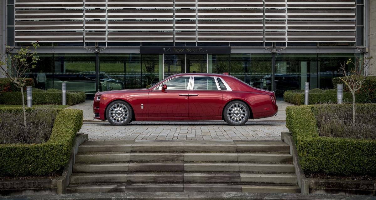 Rolls-Royce Red Phantom : un modèle unique pour soutenir la lutte contre le SIDA