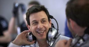 Formule 1 : L'avenir de Wolff s'éclaircit