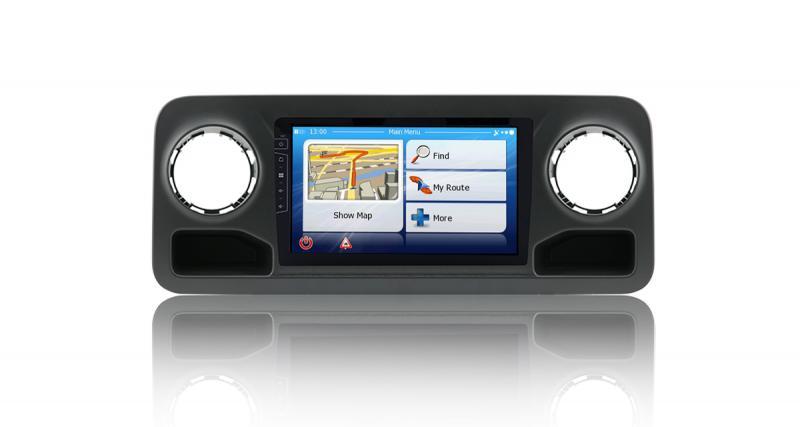 "Un autoradio GPS ""plug and play"" pour le Mercedes Sprinter chez Dynavin"