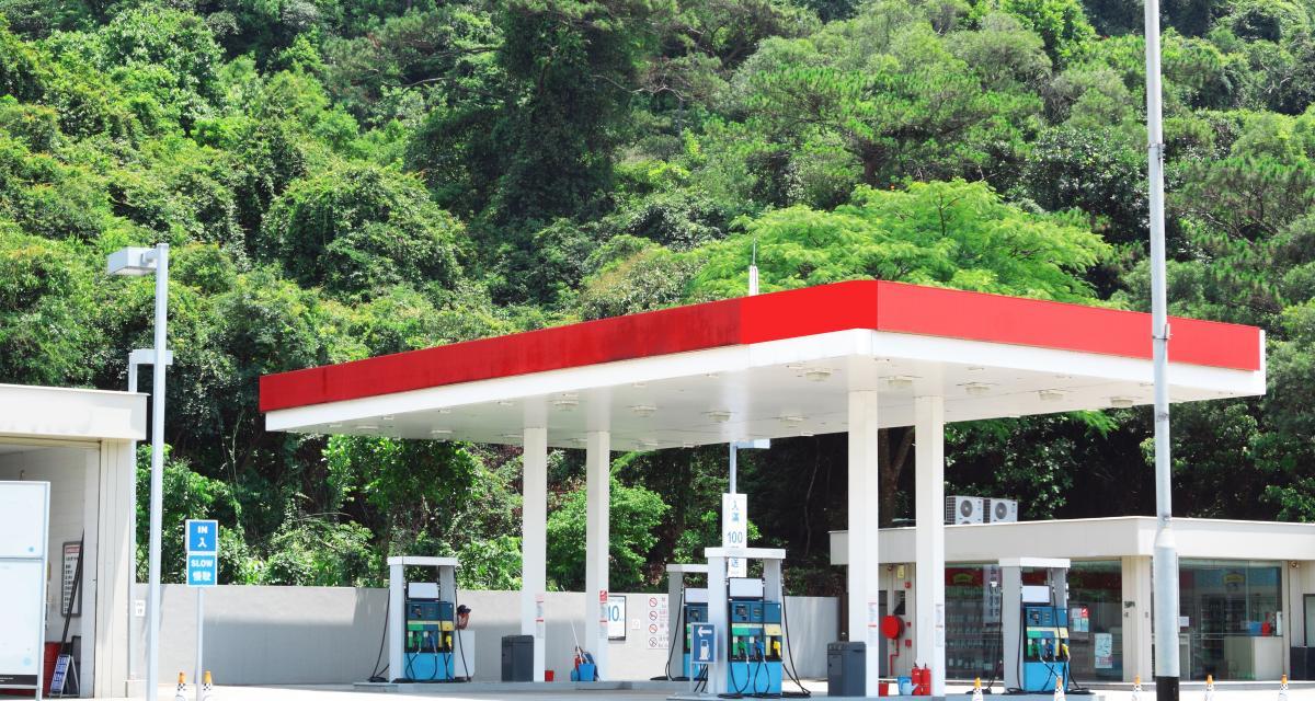 Pénurie de carburant : la CGT veut bloquer toutes les raffineries !