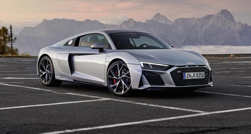 Il emmène sa grand-mère de 80 ans à 300 km/h en Audi R8 sur le Nürburgring