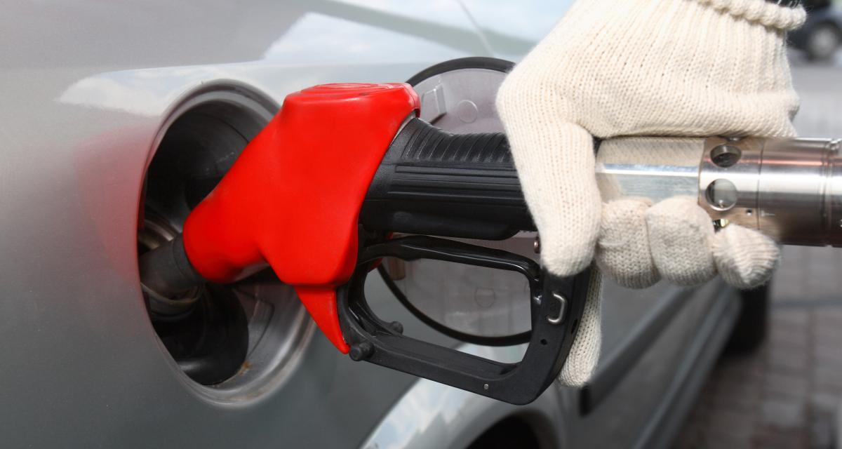 Pénurie d'essence : des gens paniquent, sans raison
