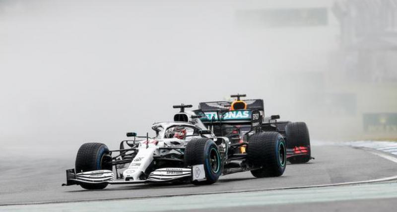 Coulthard pense qu'Hamilton devrait rester chez les Gris