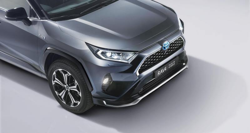 Toyota Rav4 Plug-in Hybrid : le SUV hybride rechargeable en 3 points