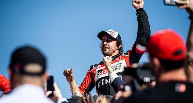 Carlos Sainz complimente Fernando Alonso