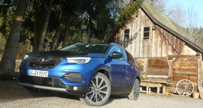 Essai de l'Opel Grandland X Hybrid4 : un petit geste pour la société