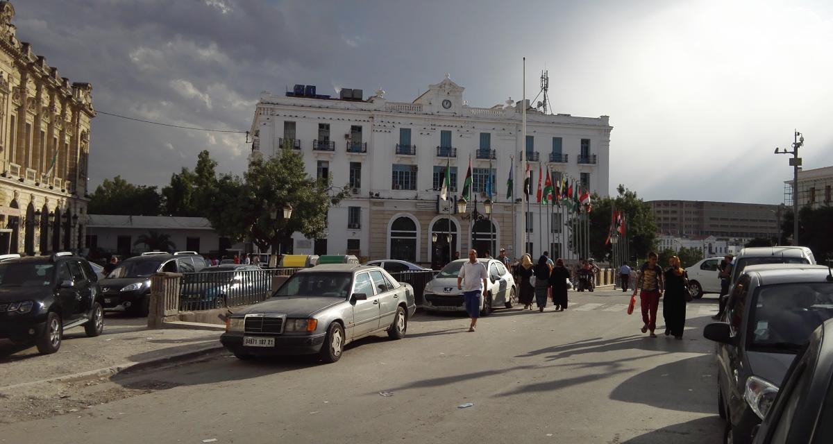 Trafic de voitures volées expédiées en Algérie : les voleurs mis en examen et sous les verrous