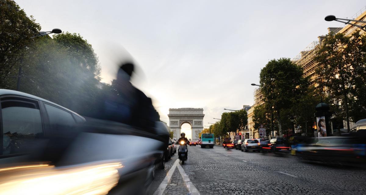 Stationnement à Paris : Anne Hidalgo enfonce le clou