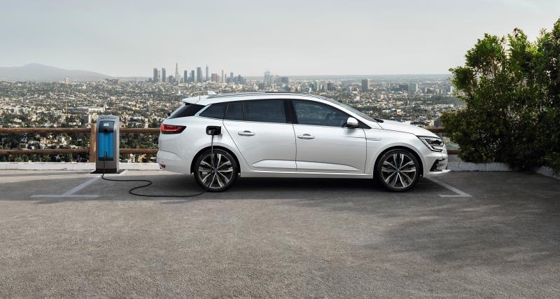 Renault Mégane E-Tech Plug-in : jusqu'à 65 km d'autonomie en tout électrique