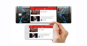 Soundstream dévoile un autoradio 1 DIN avec fonction PhoneLink et écran vidéo