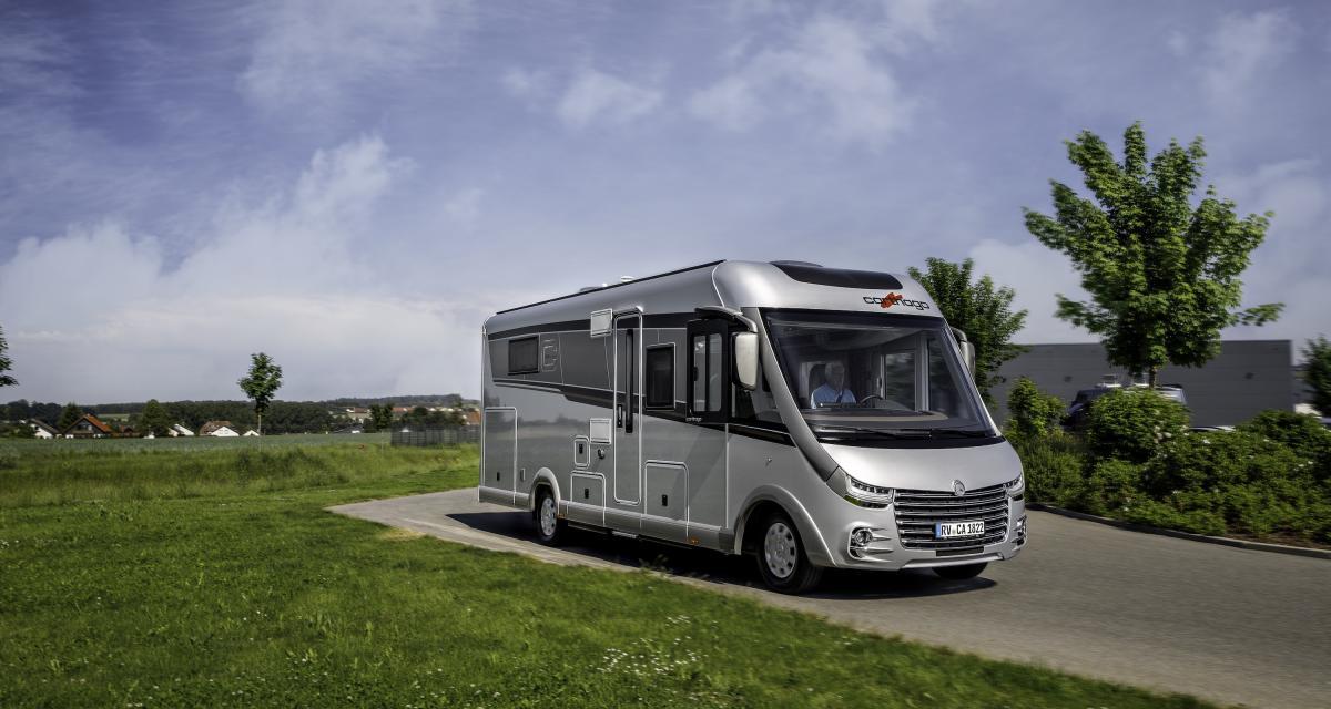 Carthago chic e-line : camping-car à la pointe de la technologie