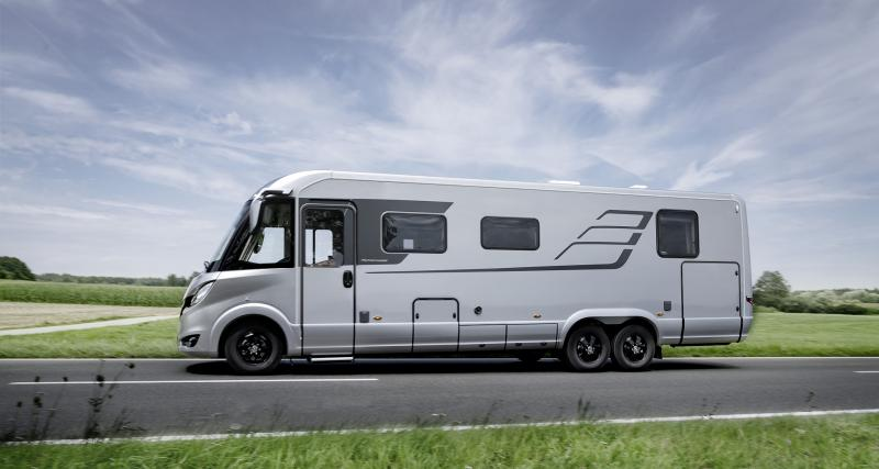 Hymer Classe-B Masterline I 890 : un camping-car très haut de gamme