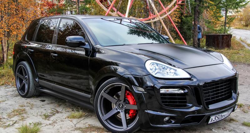 Convoqué au tribunal pour conduite sans permis au volant d'un Porsche Cayenne volé