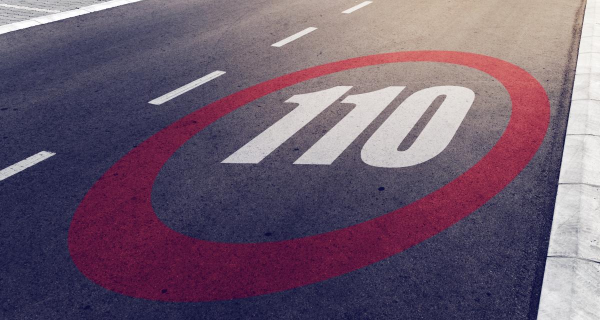 Il roule en excès de vitesse à 110 km/h à cause de ses TOC
