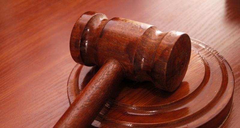 Devant le juge
