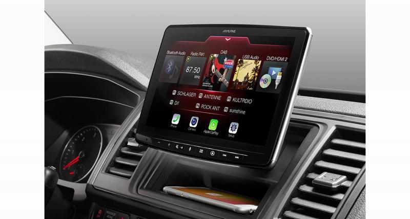 Alpine présente un autoradio avec écran 9 pouces offrant d'excellentes prestations