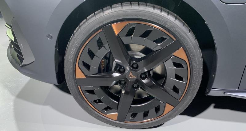 Des pneus pour véhicules légers