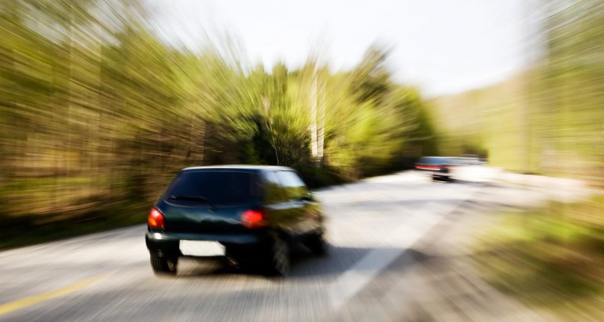 Excès de vitesse : contrôlé à 156 km/h au lieu de 70 !