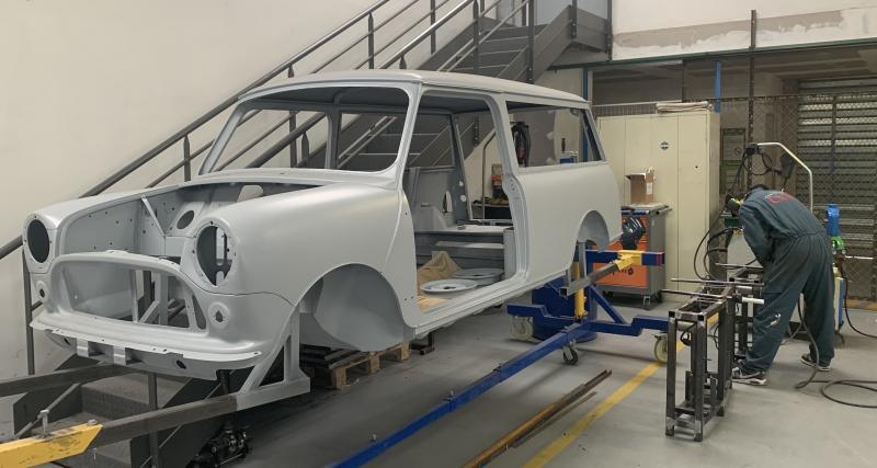 """""""en fin de formation, nous travaillons sur un projet de restauration complète d'une voiture ancienne"""""""