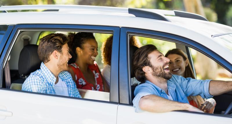 Confinement coronavirus : peut-on rouler à plusieurs dans une même voiture ?