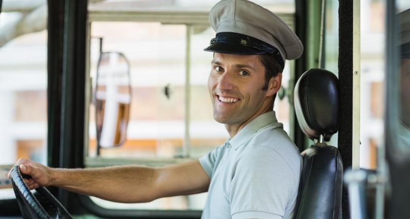 Les chauffeurs de bus de Saint-Malo donnent leurs masques à SOS Médecins
