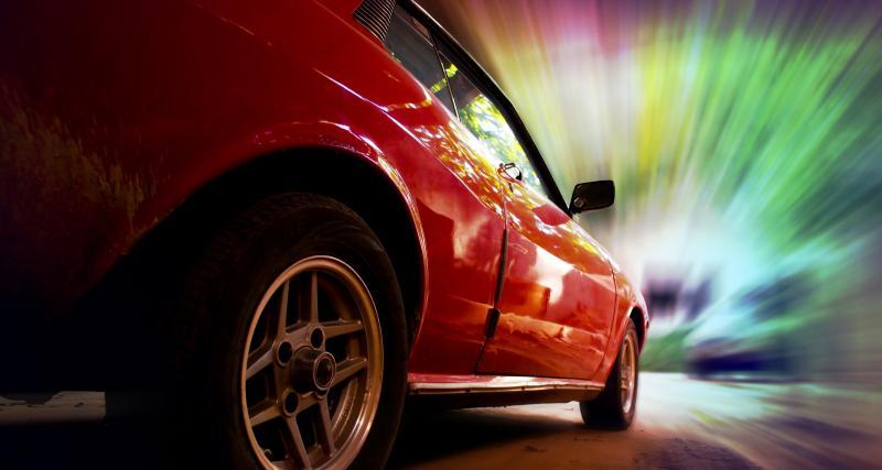 Confinement : deux voitures de sport interceptées par les gendarmes !