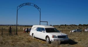 Coronavirus : une Cadillac Eldorado corbillard pour faire de la prévention