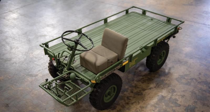 """Un plateau, un moteur et quatre roues motrices : voici le M274 A5 4x4 dit la """"mule"""""""