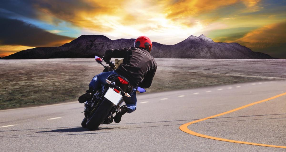 Rodéo urbain : en roue arrière à plus de 190 km/h, il est retrouvé via Facebook